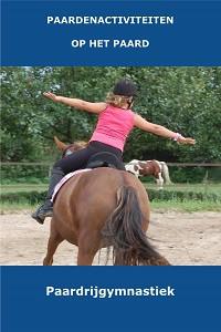 9. Button - paardrijgymnastiek