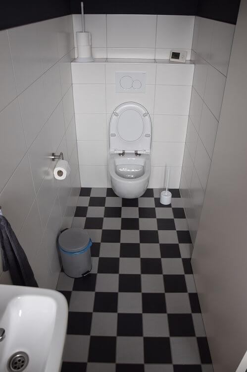 Toilet Studio Hippago